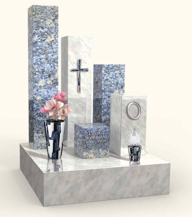 Nadgrobni ukrasi na spomeniku